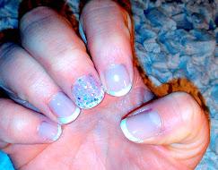 manicurafrancesa con glitter