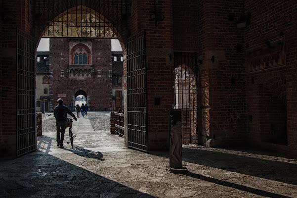 Ombre nel castello di Gian Piero Bacchetta