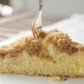 Apple Cake With Crunchy Topping