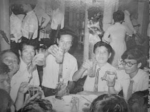 Photo: Thầy V T Đức, Hưng, Quýt, Sâm, Linh, Lợi