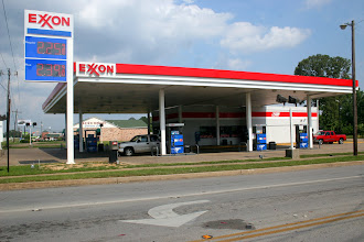 Photo: The Exxon FOOD FAST near Hooper's Dentist FALSE ALL THUMBS MEMORIAL DAY STOP White Female Store Clerk was Shown the Photographers Legal Rights BUST CARD  and was a Eyewitness to the FALSE STOP  by Tyler PD Offcs Bernend, Rosales Sgt Thompson and Sgt. Grisham -They Know in Every Store and in Every Law School Harvard and Duke esp.. !!! and Every Judge Show They Know in All of Society !!!
