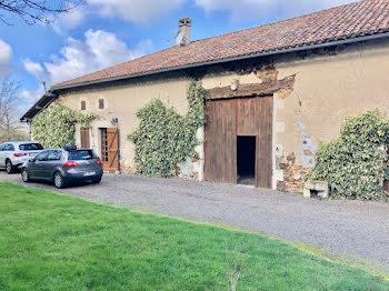 villa à Ambernac (16)