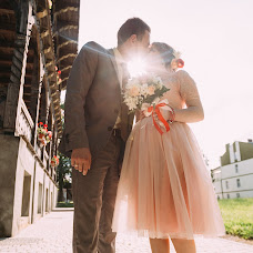 Wedding photographer Viktoriya Lizan (vikysya1008). Photo of 14.06.2016