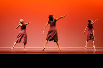 Photo: Movement Inspired by Movement Choreographer: Shelby Ogden Dancers: Cassie Christenson, Bethany Gee, Jennie Jones, Lindsey Leonard, Shelby Ogden, Lauren Reber, Jessica Tracy, Amelia Valadez and Diana Wardell Photo By: Stan Plewe