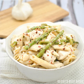 Lemon Garlic Chicken Pasta with Asparagus