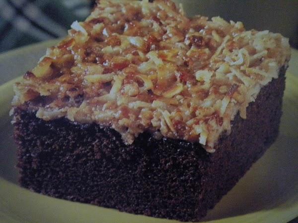 Crunchy-topped Cocoa Cake Recipe