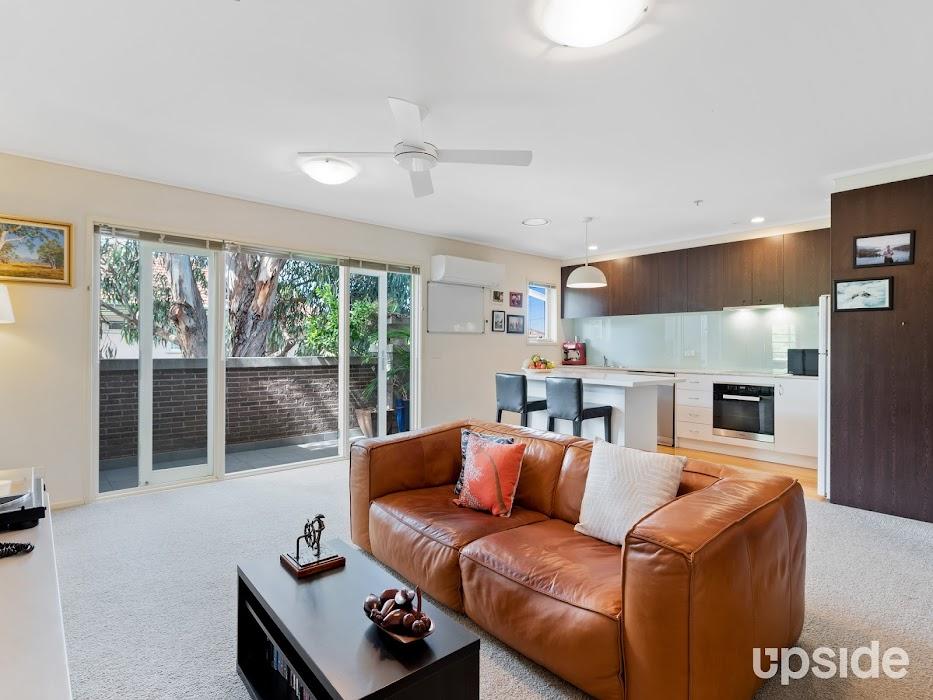 Main photo of property at 11/135 Brighton Road, Elwood 3184