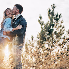 Wedding photographer Maksim Nazemcev (maxnazemtsev). Photo of 01.12.2017
