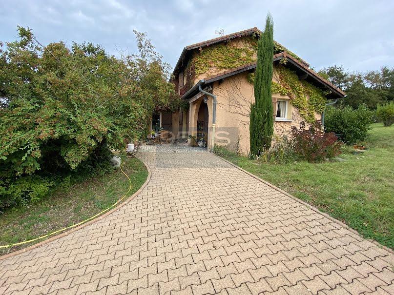Vente viager 6 pièces 130 m² à Saint-Quentin-Fallavier (38070), 321 000 €