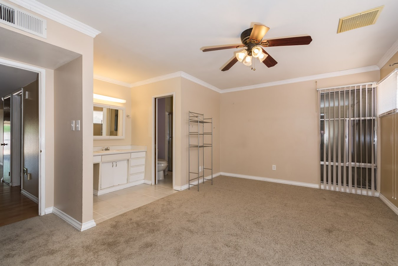 master bedroom in Tempe home for sale