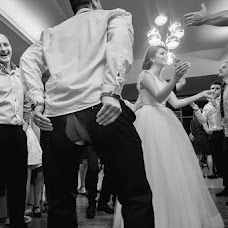 Wedding photographer Szabolcs Sipos (siposszabolcs). Photo of 02.11.2014