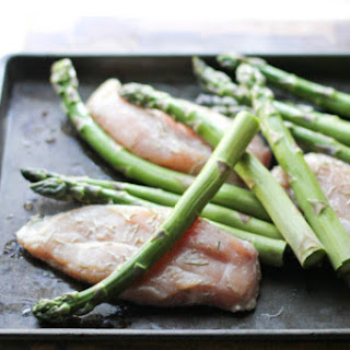 One Pan Lemony Chicken & Asparagus Dinner