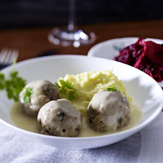 Königsberger Klopse German Meatballs with Apple and Beet Salad