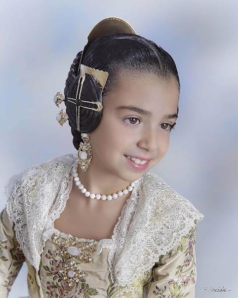 Daniela Guillen Arnau. Corte de Honor Infantil 2019. Bisbe Amigó - Conca