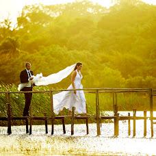 Wedding photographer Mariano Czarnobai (marianoczarnoba). Photo of 19.12.2014