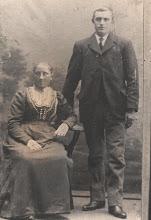 Photo: Neeltje Cornelia Nederveen en Duur Cornelis Romeijn  Getrouwd 22-5-1903 Opa geboren 9-8-1880 overleden 25-3-1962                    Oma geboren 8-3-1881 overleden 18-2-1952