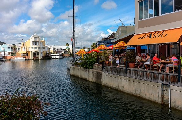 Unwind at the Knysna Waterfront packed with shops and restaurants.