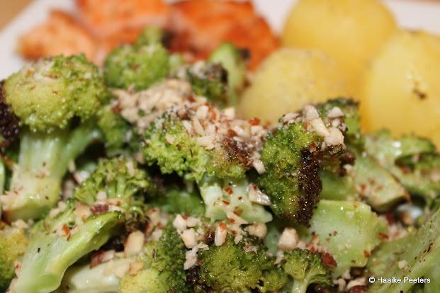 Broccoli met hazelnoten (Smakelijk!)