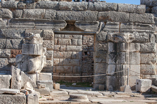 Ephesus-landmark.jpg - Ruins at Ephesus, Turkey, not far from the burial site of John the Apostle.