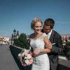 Wedding photographer Dina Deykun (Divarth). Photo of 23.08.2017