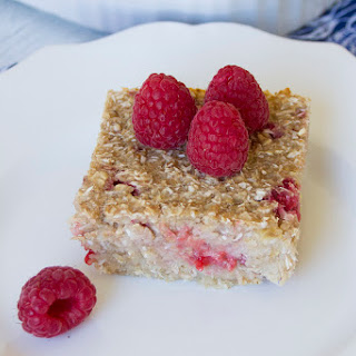 Sugar-Free Raspberry Coconut Baked Oatmeal Squares.