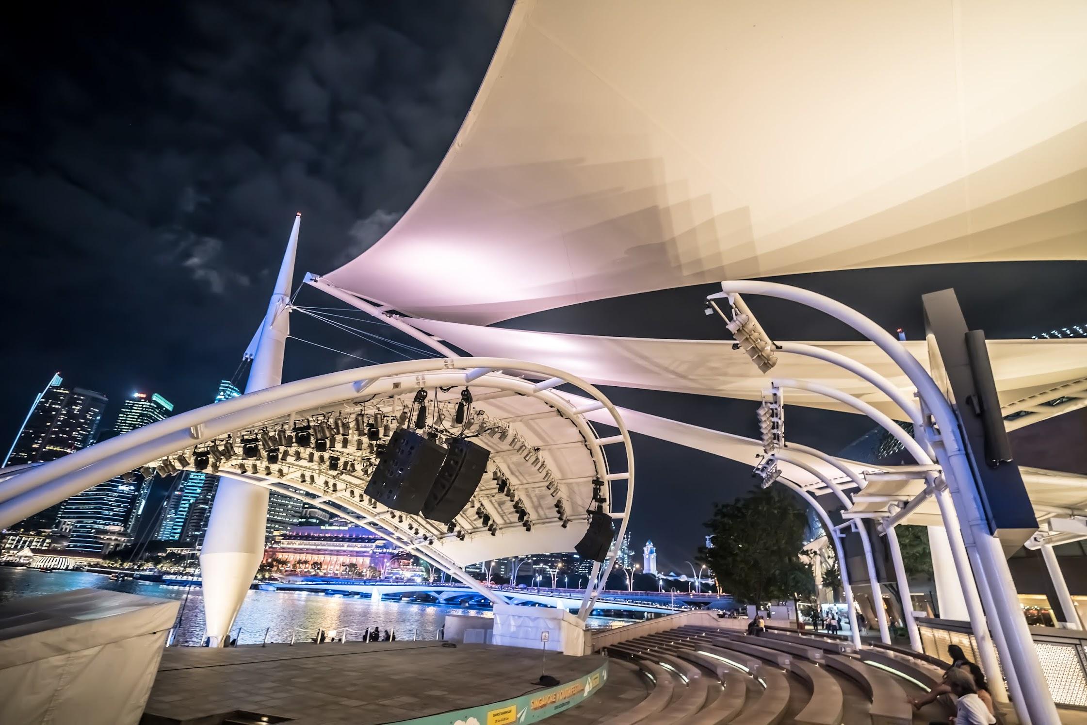 シンガポール エスプラネード (Esplanade) 夜1