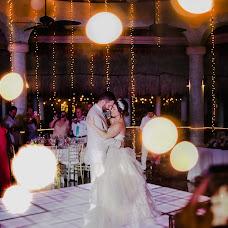 Wedding photographer Carolina Cavazos (cavazos). Photo of 22.06.2018