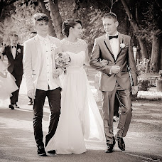 Wedding photographer Luminita Ignat (luminitaignat). Photo of 22.05.2015