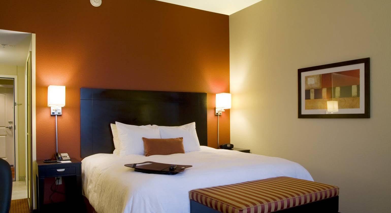 Hampton Inn & Suites Phoenix Chandler Fashion Center