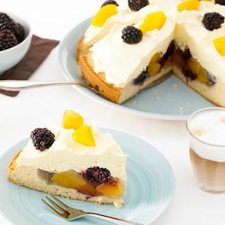 Vanilla-Früchte-Kuppeltorte