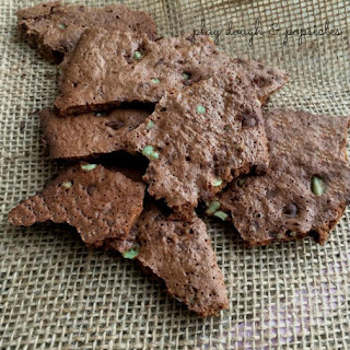 How To Make Delicious Chocolate Mint Brownie Crisps