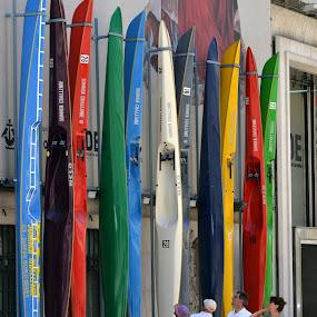 colors by Sorin Rizu - City,  Street & Park  Street Scenes ( colors, street, kayak, lisboa, people, crowd, humanity, society,  )