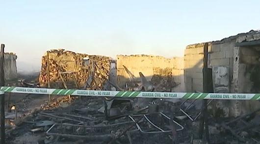Imagen de archivo de un incendio en un poblado chabolista de Níjar.