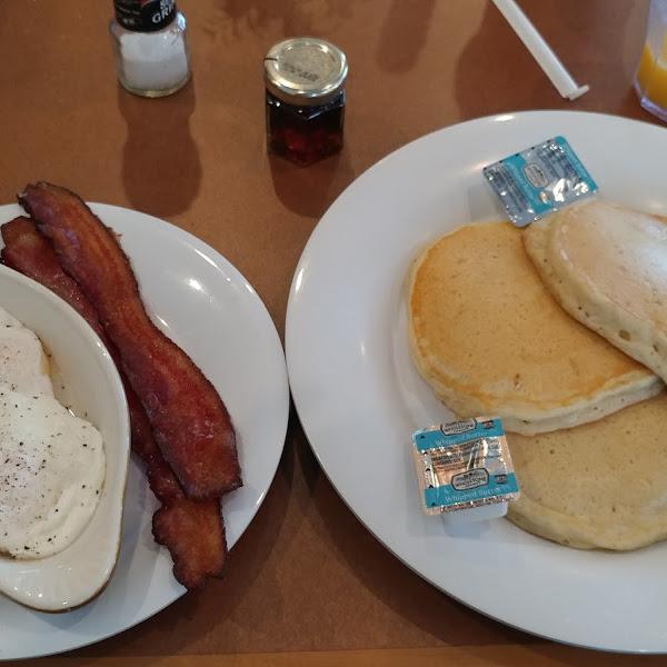 Crackings gluten free pancakes