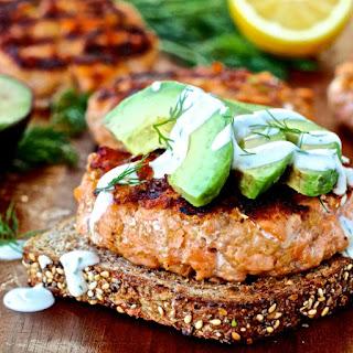 Salmon Burgers with Dill Yogurt Sauce Recipe