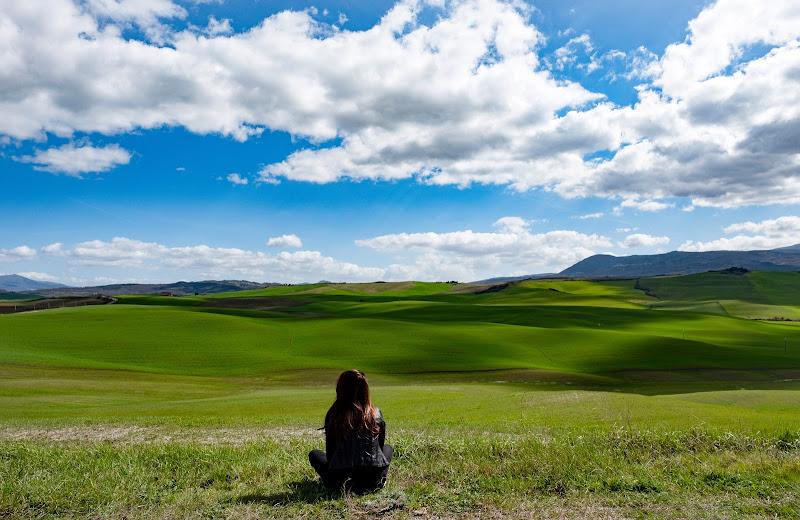 ...ascoltare il vento e non poterlo raccontare a nessuno. di tonino_de_rubeis