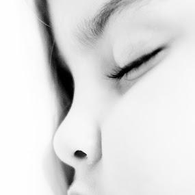 Sleeping by Khalil Morcos - Babies & Children Child Portraits ( black and white, sleeping, nikon, sleep )
