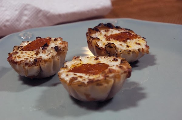 One Bite Wonders: Savory Fillo Pizza Cups Recipe