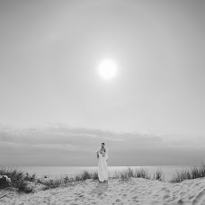 Wedding photographer Mantas Pralgauskas (MantasPra). Photo of 06.08.2014
