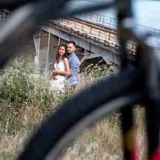 Wedding photographer Galina Zapartova (jaly). Photo of 16.09.2018