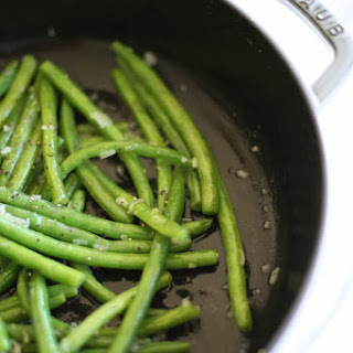 Green Beans in Shallot Butter Sauce