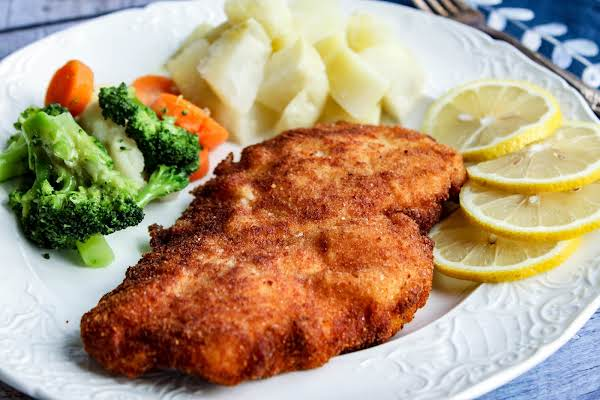 Austrian schnitzel with chicken recipe just a pinch recipes austrian schnitzel with chicken recipe forumfinder Image collections