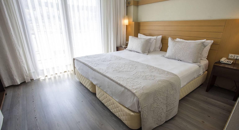 Cilek Marina Hotel