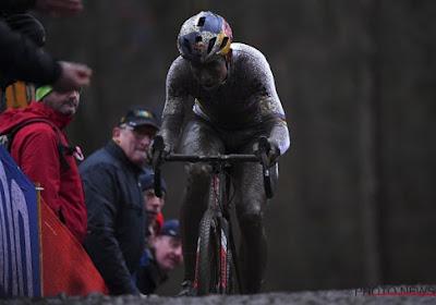 """Wout Van Aert haalt na afloop van Wereldbeker in Namen uit naar UCI: """"Doet me beetje denken aan mijn schooltijd"""""""