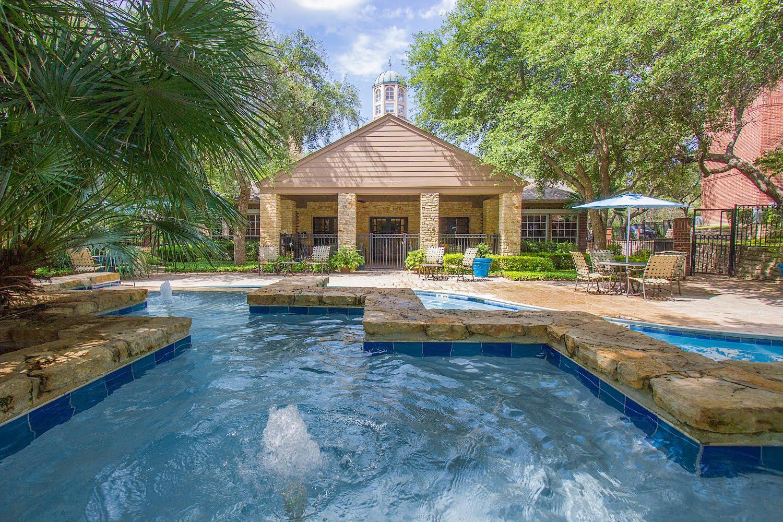 The Village Of Hampton Cove Apartments In San Antonio Texas