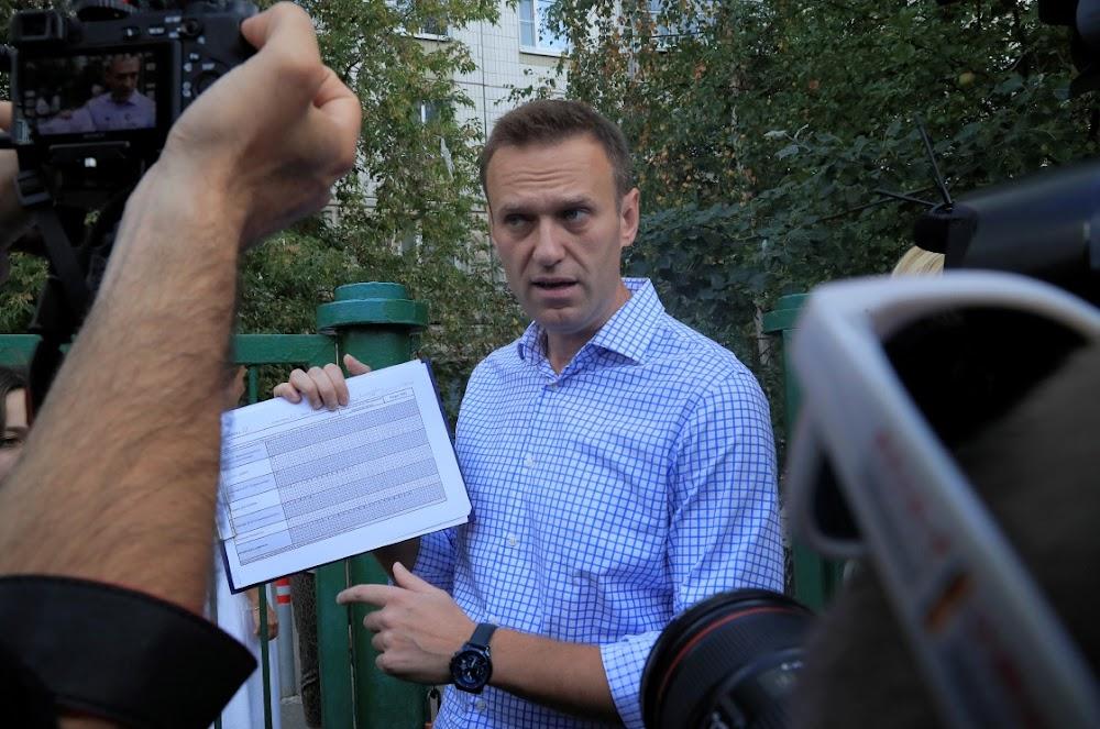 Die polisie in Rusland begin massa-aanvalle op opposisie-aktiviste