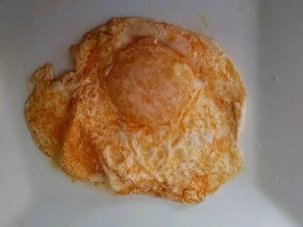 Smoked Paprika Fried Eggs Recipe