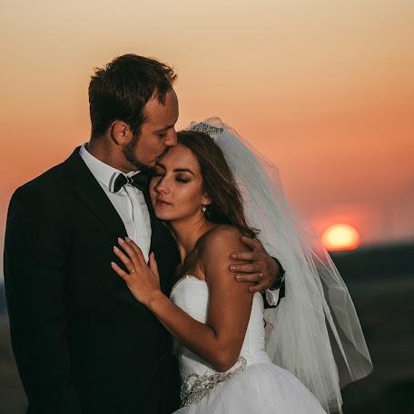 Wedding photographer Lukáš Molnár (molnar11). Photo of 25.01.2018