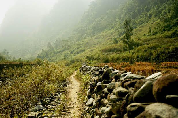 Hiking Dong Mu Can Yen
