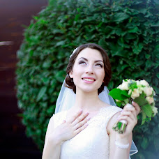 Wedding photographer Valentina Shkred (ShkredVV). Photo of 10.11.2015